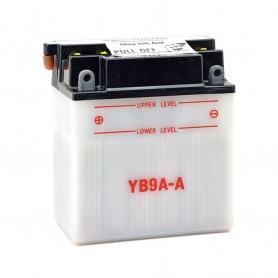 Batterie YB9AA + à gauche